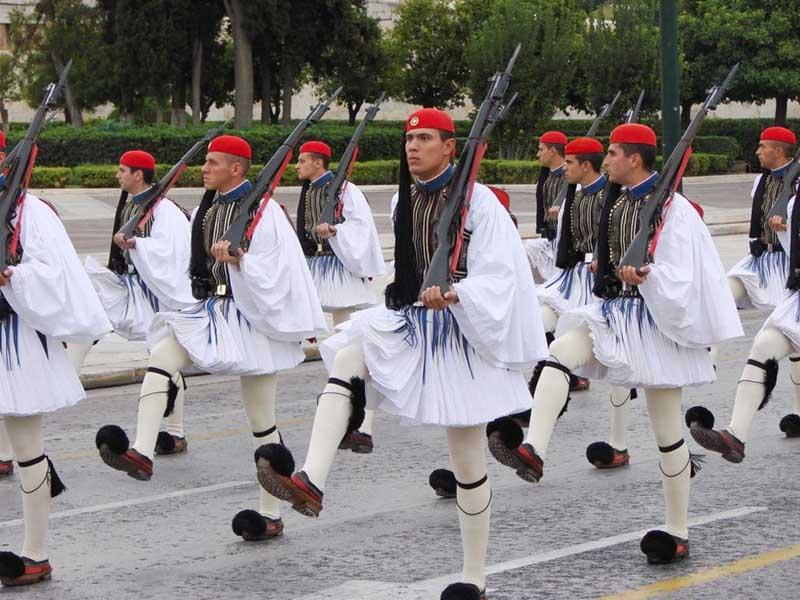 Фустанелла греков