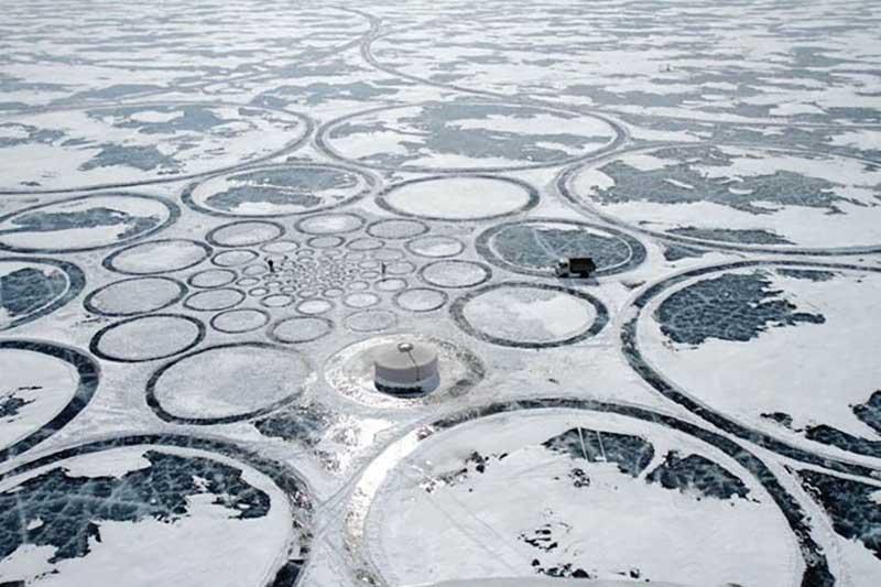 Загадочные круги на озере Байкал