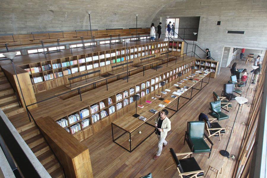 Библиотека на пляже Бэйдайхэ