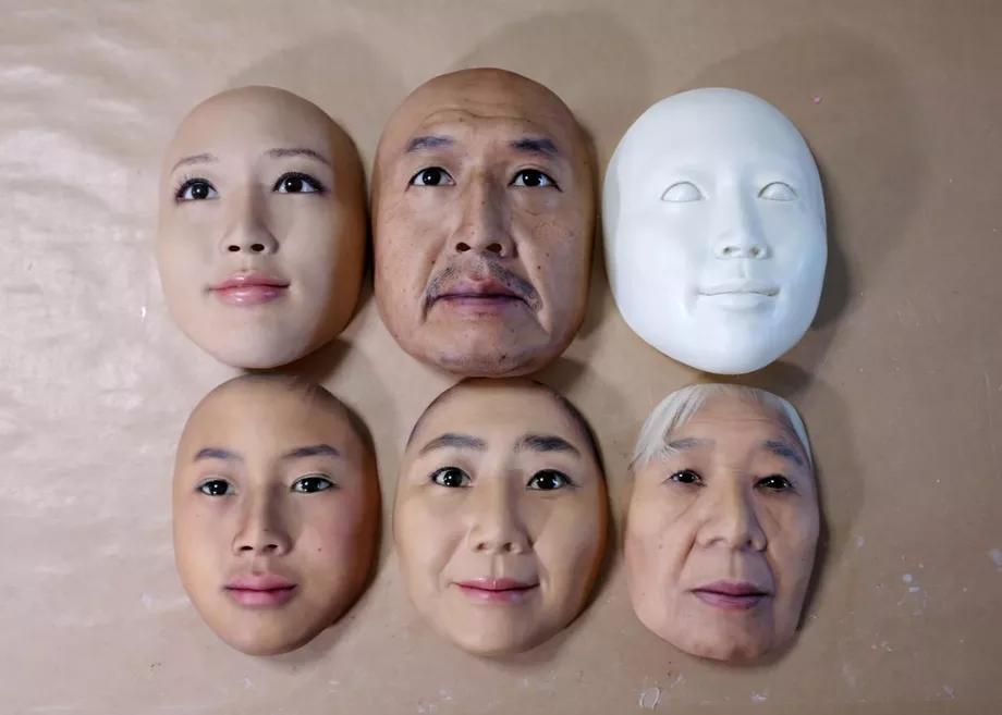 Реалистичные маски
