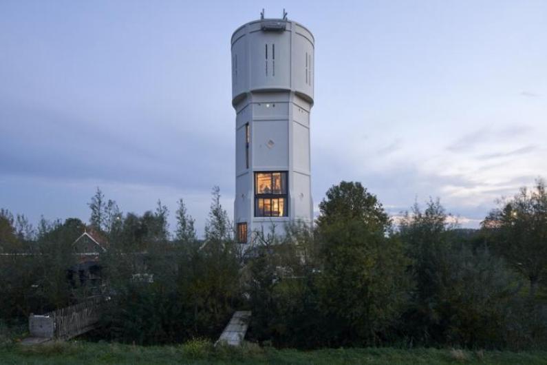 Жилье в водонапорной башне