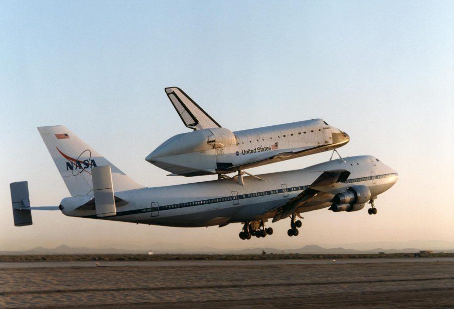 Boeing-747SCA