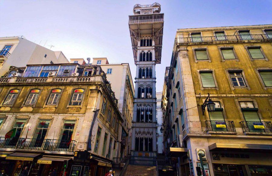 Лифт памятник в Португалии