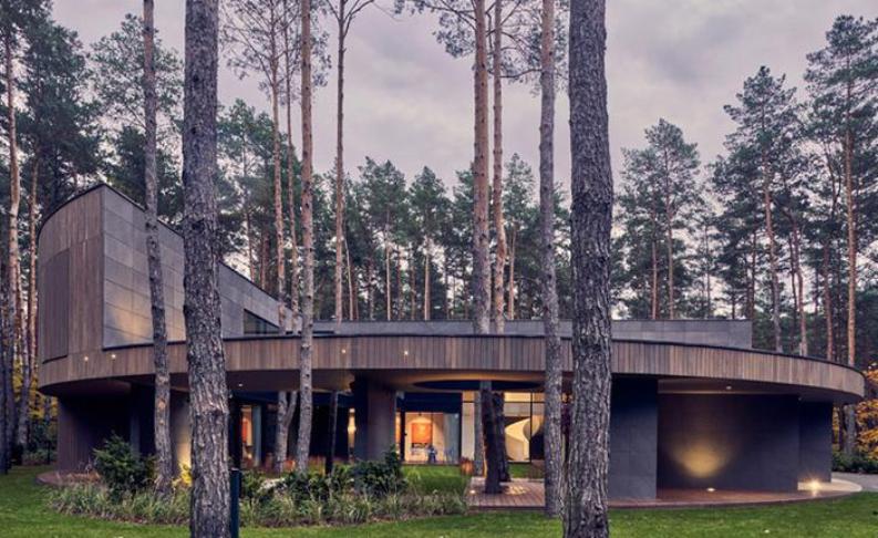 Дом в польском лесу