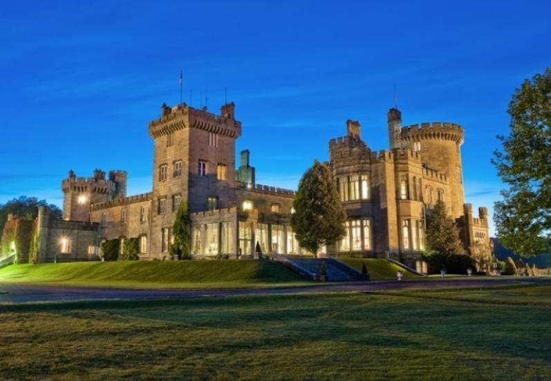 Отель в замке