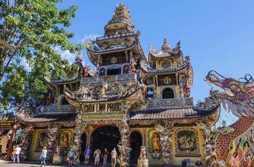 Храмы и пагоды во Вьетнаме