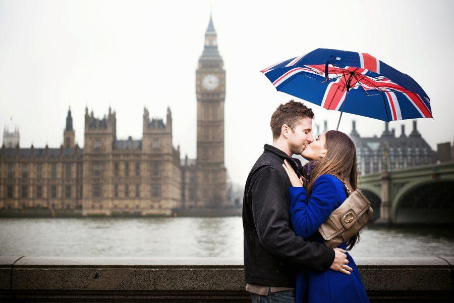 Влюбленная пара в Англии