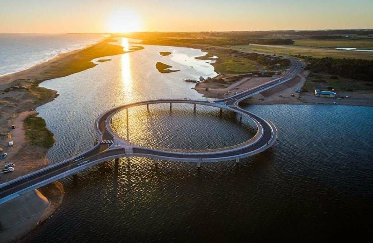 Круглый мост в Уругвае