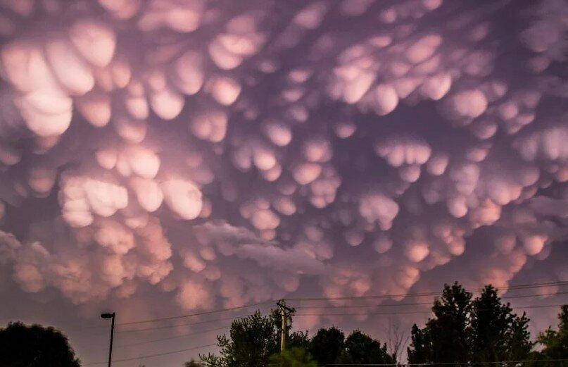 Облака в форме пузырей