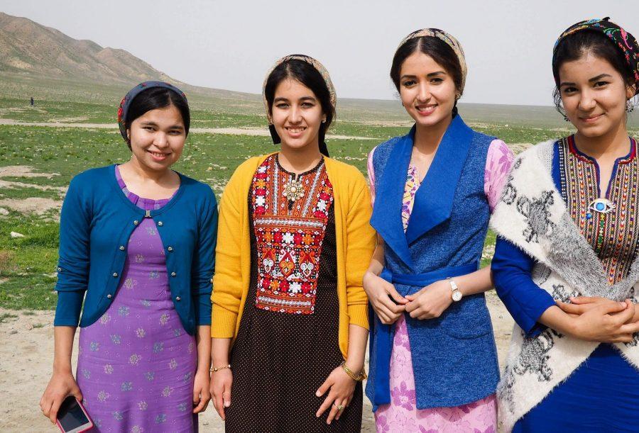 Девушки Туркменистана