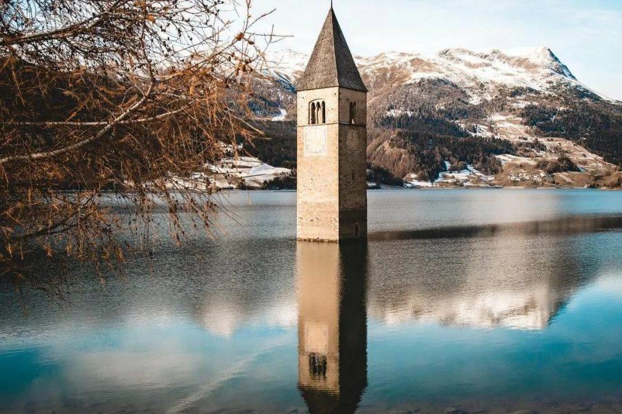 Затопленная деревня в Италии