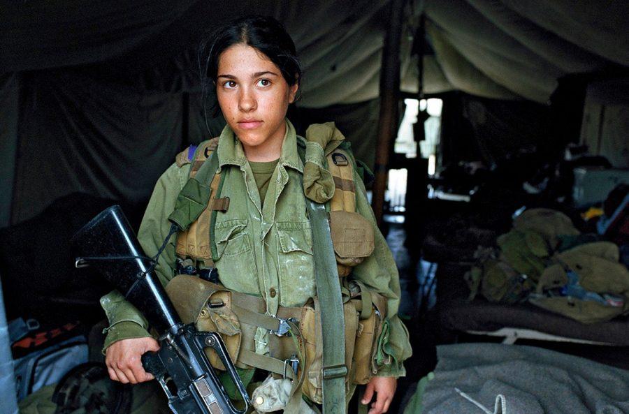 Девушки в армии в Израиле