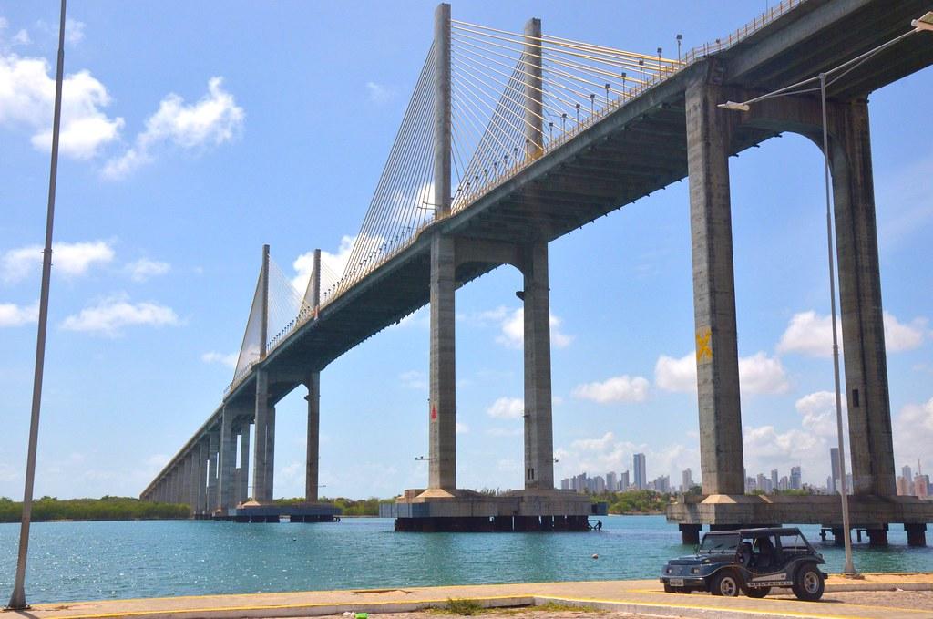 Мост Ньютон-Наварро